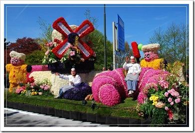 Как проходит праздник цветов в Голландии?